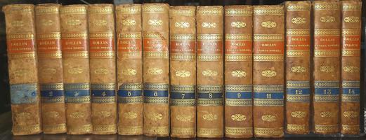 <strong>43 volumi in elegante legatura '800: Grande collezione storica di Rollin, Crevier, Le Beau con aggiunte, note, osservazioni e schiarimenti.</strong>