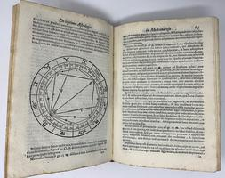 <strong>De astrologica ratione</strong>,
