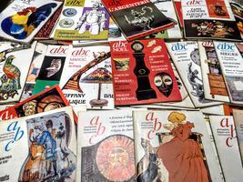 <strong>Antiquites Beaux arts Curiosites. Collezione di 174 riviste</strong> di antiquariato, arte e arredamento. <strong>1969 -1987</strong>