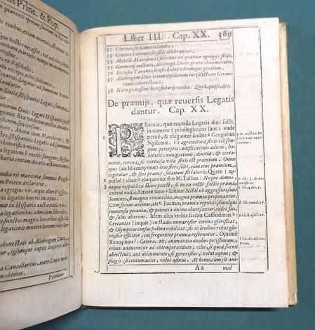 <strong>De Legatis Principum et Populorum, libri tres.</strong>